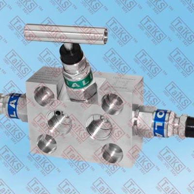气,液自动控制仪表阀,主要分为二阀组,三阀组,五阀组,二组阀是二个单